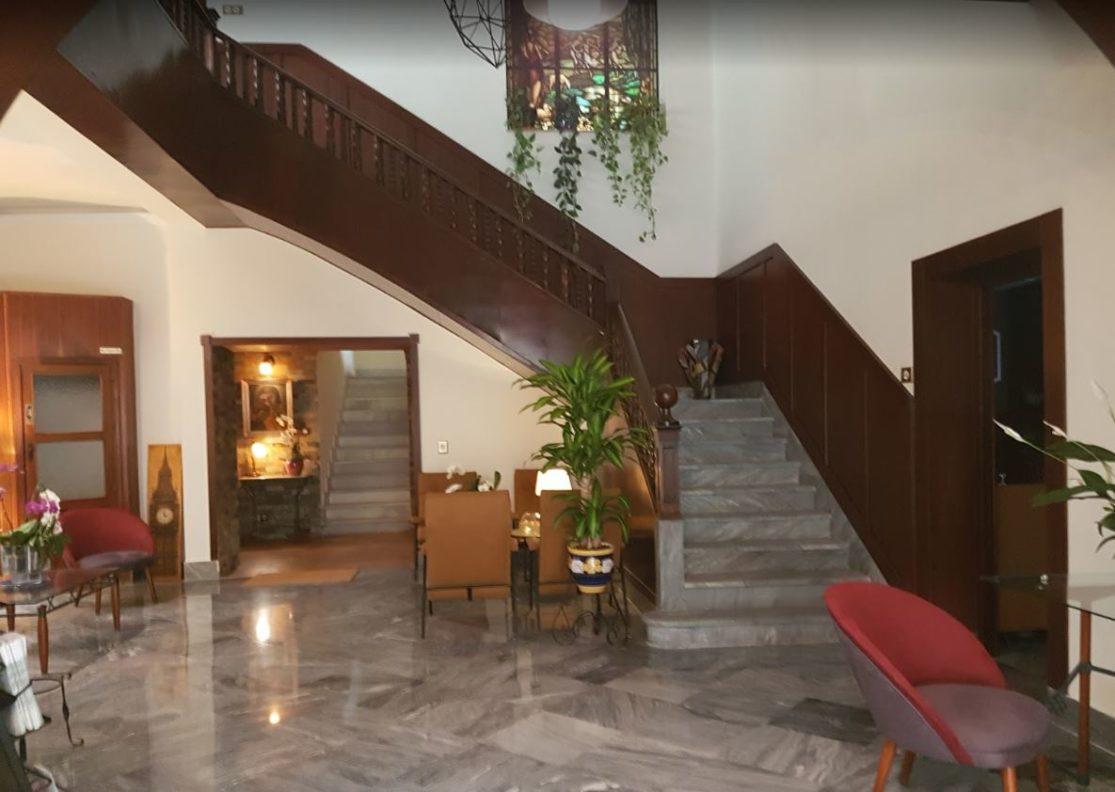 Recepción del Hotel California